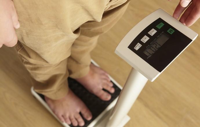 Desequilíbrio entre ingestão alimentar e gasto energético acelera sobrepeso