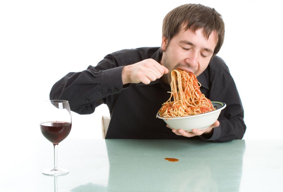 Comer Muito Rápido Pode Levar ao Ganho de Peso, Doença Cardíaca…