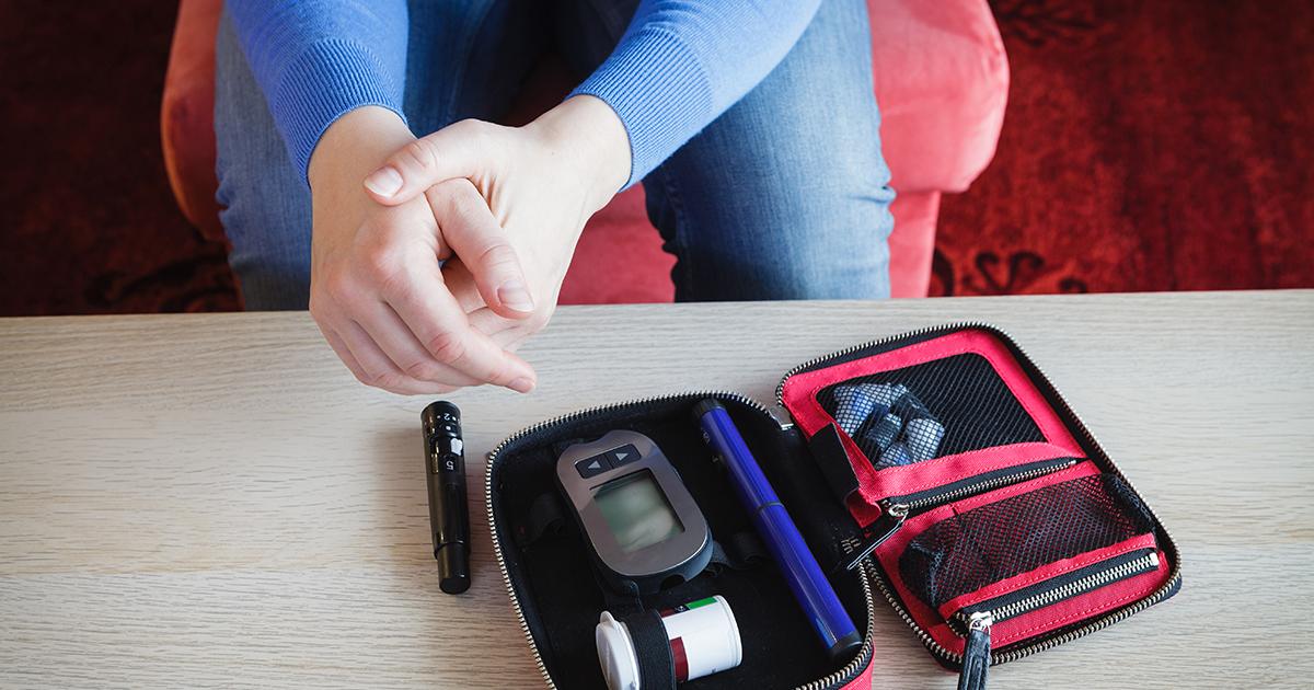 Mais Conscientização Sobre a Diabulimia é Incentivada Depois que a Mulher Luta Contra a Doença