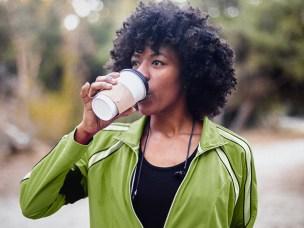 Estudo Sugere que Beber Café Antes do Exercício Pode Ajudar a Queimar Mais Gordura